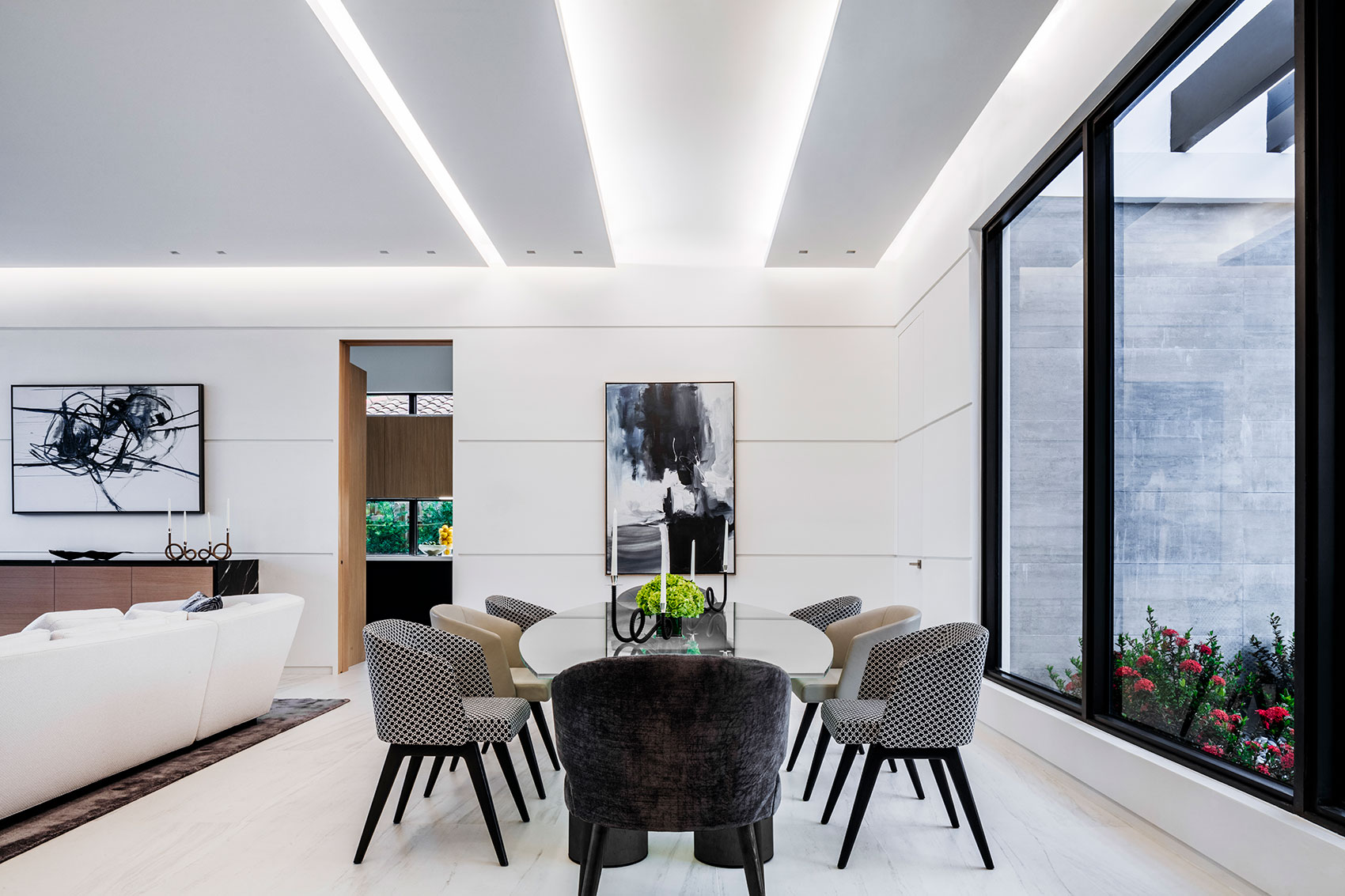 Modern Home Dining space